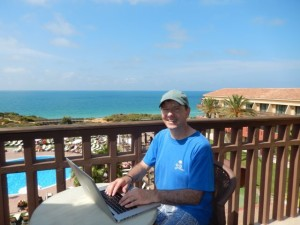Six Commandments Of The Laptop Lifestyle At The Beach